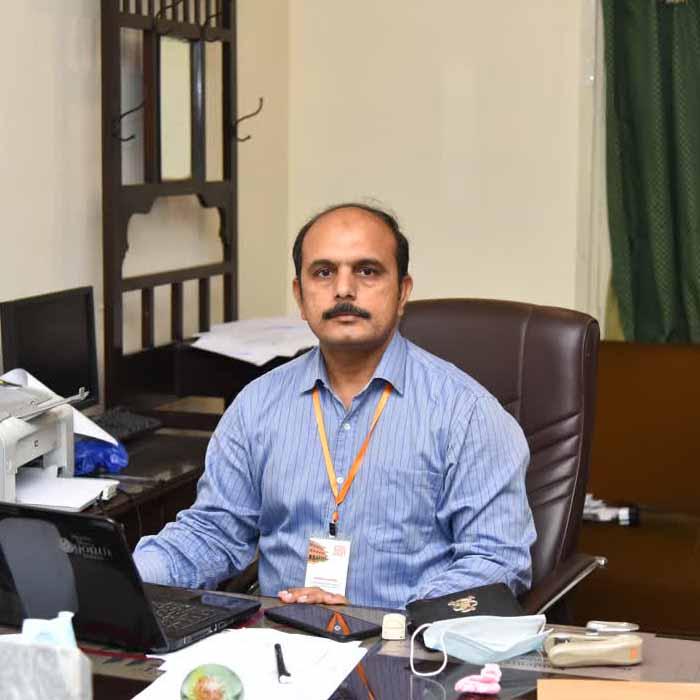 Dr Nisar ahmad